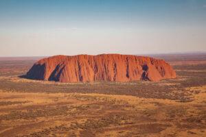 Uluru mitten im Outback von Australien